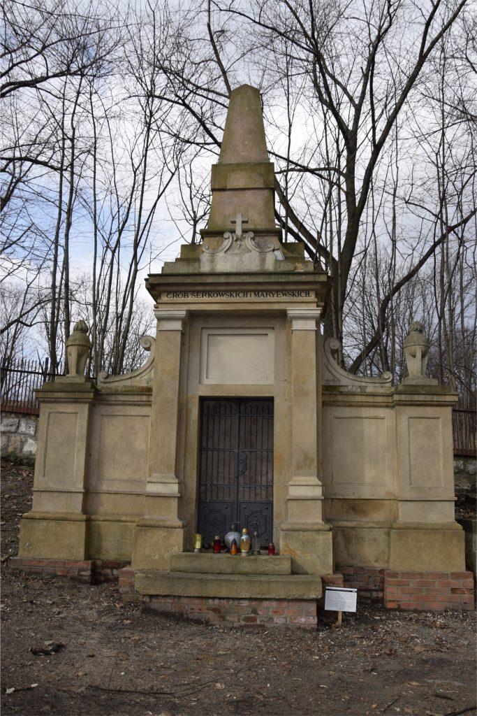 Grób rodziny Serkowskich na starym cmentarzu podgórskim