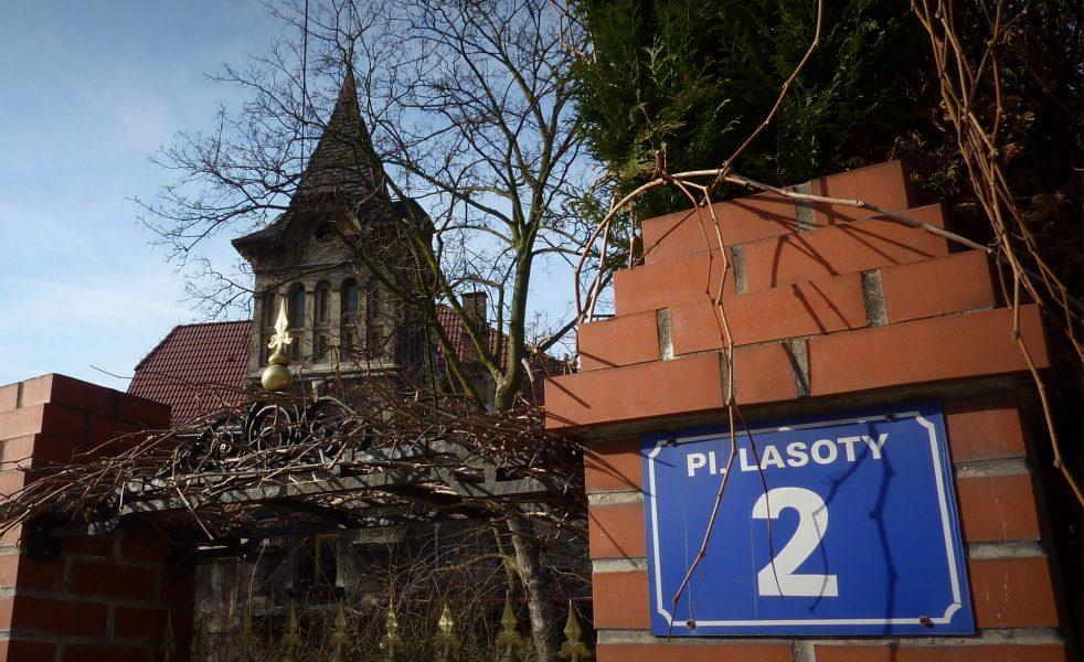 Plac Lasoty
